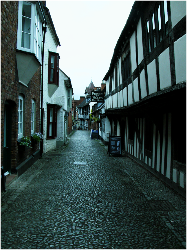 Looking down Church Lane, Ledbury (there are probably millions of photos of this view  out there!).png