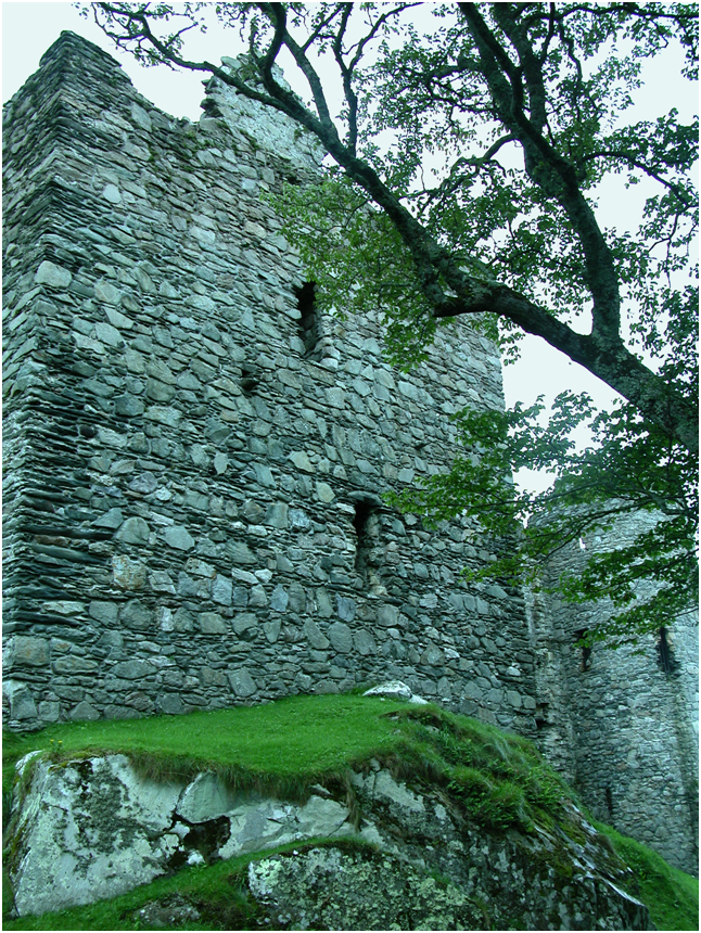 The East Tower of Castle Sween.png